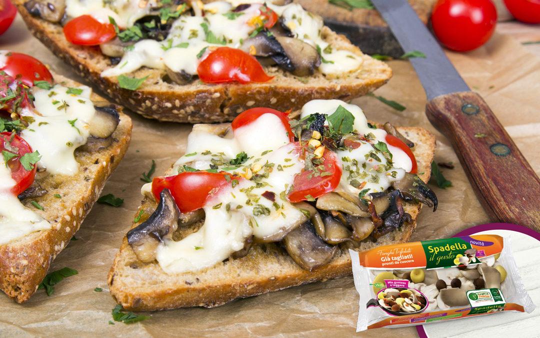 Bruschette con funghi e pomodori